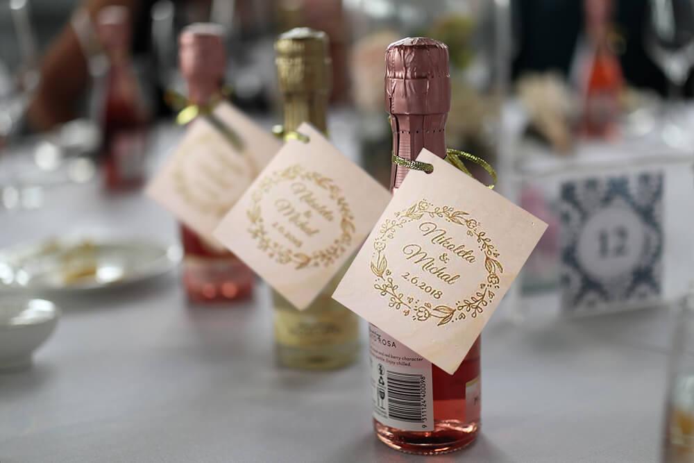 visačky na víno