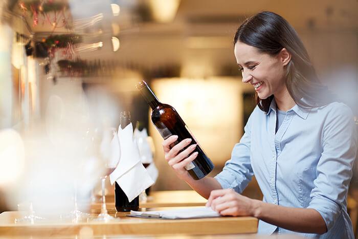 víno s vlastnou potlačou